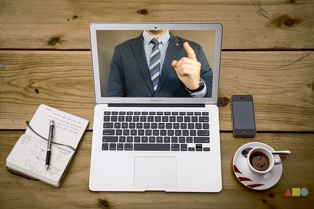 Here's What You Need To Know About Remote Meeting Etiquette